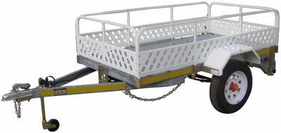 Modular trailer with rails