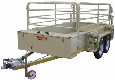 Flatdeck 3m with rails and jerrycan holders